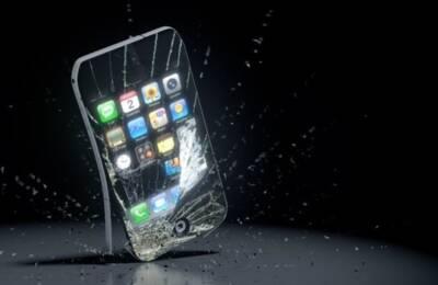 Uszkodzony wyświetlacz iPhone- co robić