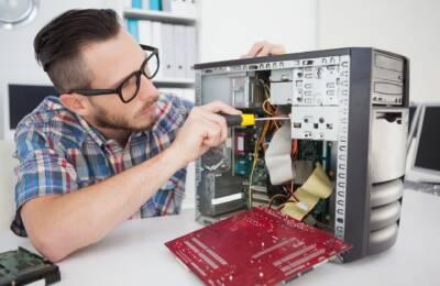 Naprawa układu zasilania w komputerze