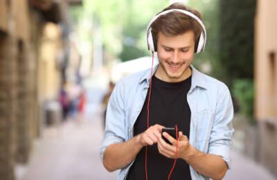 Naprawa wejść słuchawkowych w smartfonie - czy to się opłaca
